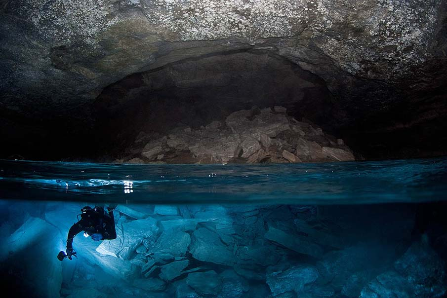 The Best Cave Diving Sites And Beginner Tips For Cave Diving - Orda Cave 1